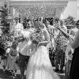 Confetti - Penventon Hotel Wedding