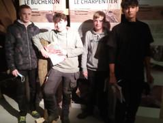 Les élèves de 5ème et 6ème ébénisterie en visite à l'expo « filière bois » au Malmundarium