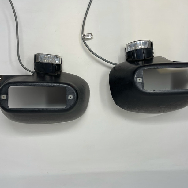 Crown Vic mirror mount intersection lights