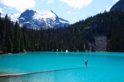Canada01-Mountain lake