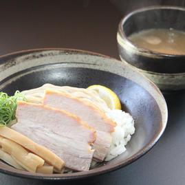 鶏と魚介の濃厚つけ麺