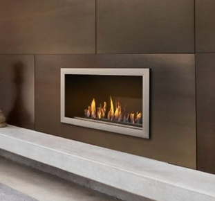 Built in Bioethanol Fireplace Signature.