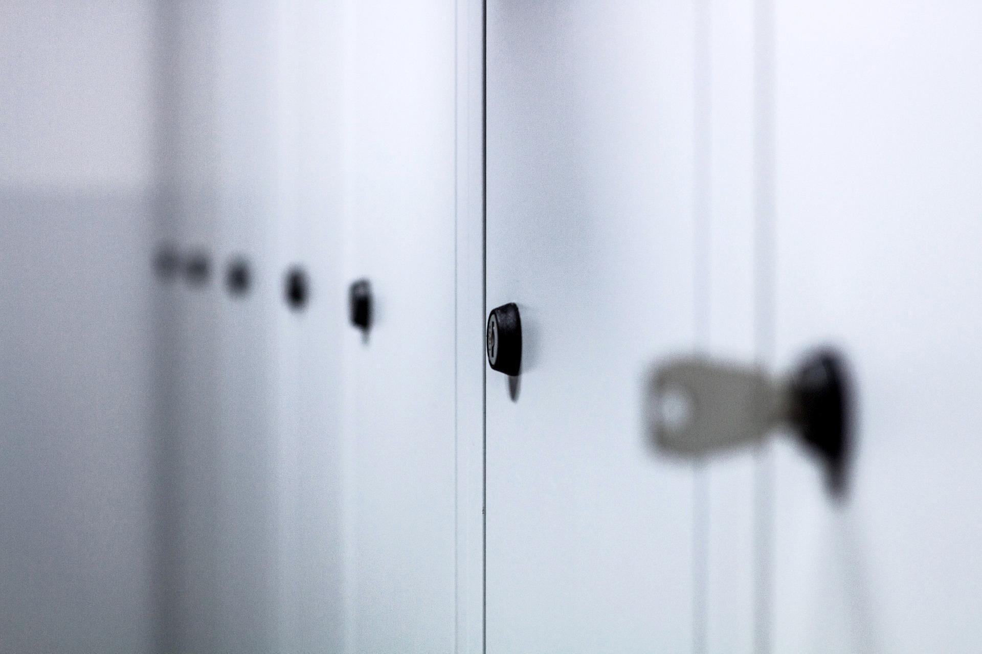 lockers鎖