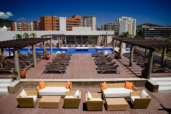 unik-hotel-cc-costazul-isla-de-margarita-venezuela-2.png