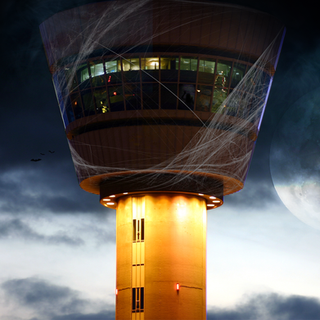 Schiphol-Halloween-Insta.png