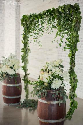 elegant-wedding-mint-green-wedding-ideas-greenery8