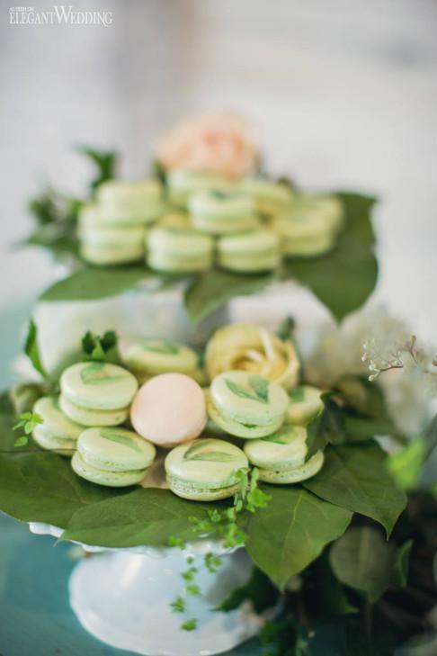 elegant-wedding-mint-green-wedding-ideas-greenery3