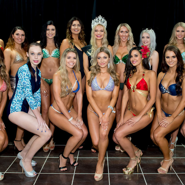 Final Bikini Group Photo.jpg