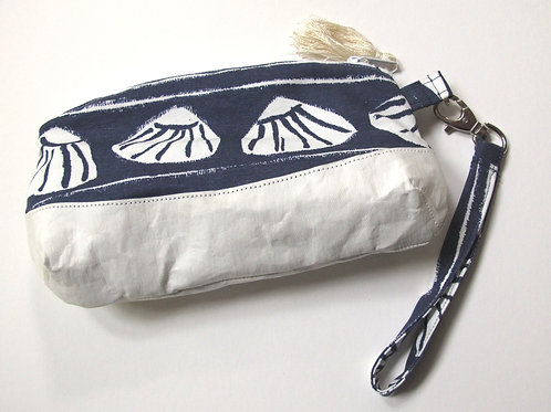 By the Sea Wristlet