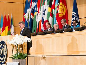 OIT define rumo para promover trabalho decente nas cadeias globais de fornecimento, na transição do