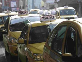 Motoristas de táxi em Bournemouth estão sendo treinados para detectar exploração sexual infantil