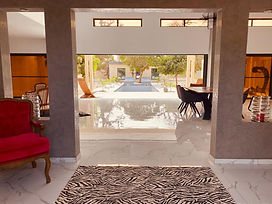 Villa neuve contemporaine 5 chambres avec piscine à vendre à Nguering