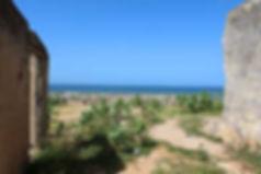 Grand terrain front de mer en vente à Ngaparou
