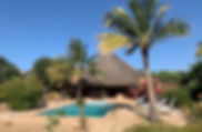 A vendre villa 4 chambres en résidence bord de mer avec piscine à Nianing