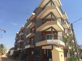 Appartement meublé 3 chambres avec terrasse vue mer à vendre au rond point de Ngaparou