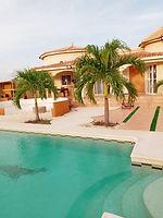 Villa avec piscine privée à vendre en résidence bord de mer à Ngaparou
