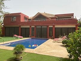 Villa à vendre avec piscine bord de mer Ngaparou 6 chambres