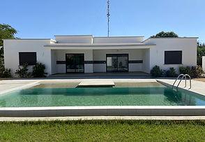 Villa neuve 4 chambres avec piscine à Ngaparou bord de mer