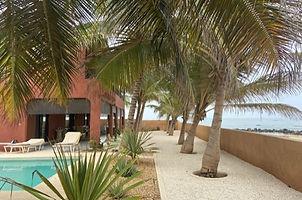 Villa pieds dans l'eau 5 chambres à vendre à Ngaparou