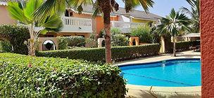 Villa 2 chambres piscine commune à vendre en résidence à Saly Golf bord de mer