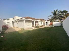 À vendre villa 2 chambres en résidence bord de mer à Saly
