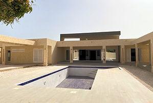A vendre villa neuve contemporaine avec piscine à Nguering