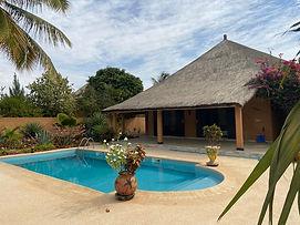 Villa 4 chambres avec piscine à vendre à Nianing en résidence bord de mer