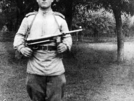 Александр Иванович Левченко. 1943 год.