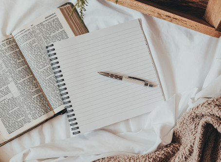 15 Journaling Prompts for Reconnecting with God