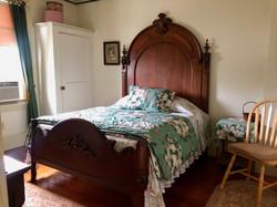 walnut.bed.webster