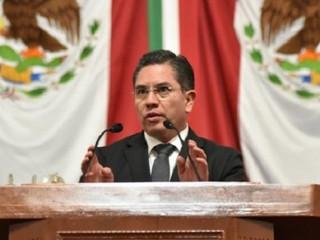Gobiernos de Morena rezagan vacunas para recién nacidos en la capital