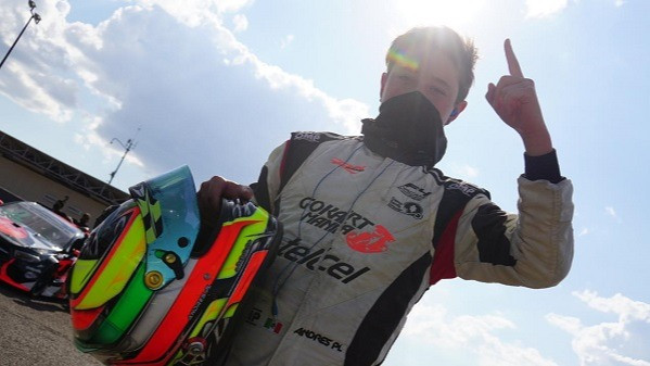 Andrés Pérez de Lara se lleva la primera carrera de la quinta fecha de la FIA F4 NACAM