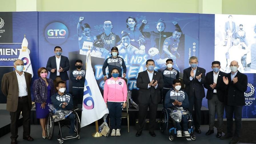 Diego Sinhue abandera la Delegación de Deportistas Guanajuatenses que van a los Juegos de Tokio