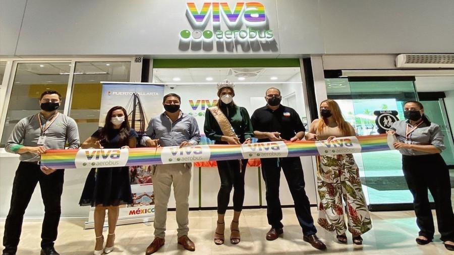 Viva Aerobús apoya la diversidad e inclusión; inaugura tienda con arcoíris en Puerto Vallarta