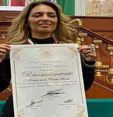 Congreso CDMX entrega medalla y reconocimiento a defensora de víctimas de trata de personas