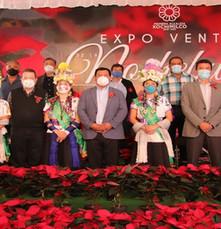 Tres millones y medio de flores de Nochebuena listas en Xochimilco para comercializarse