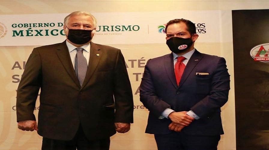 Sectur firma alianza con lucha libre AAA para promover los destinos turísticos