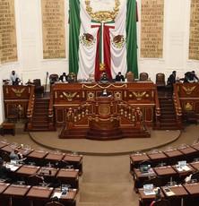 Congreso en CDMX va para garantizar a estudiantes una retribución económica por su servicio social