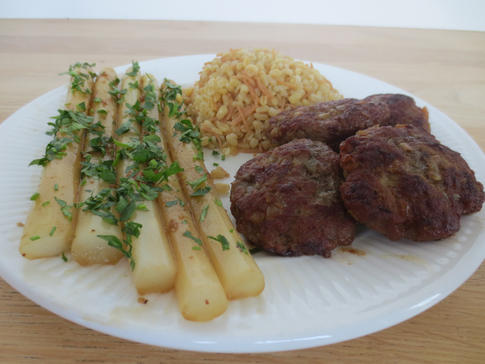 asperges met kufte