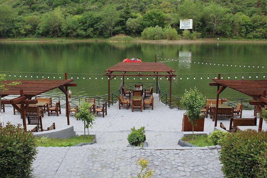 foodfuntravel website - turtle lake.jpg