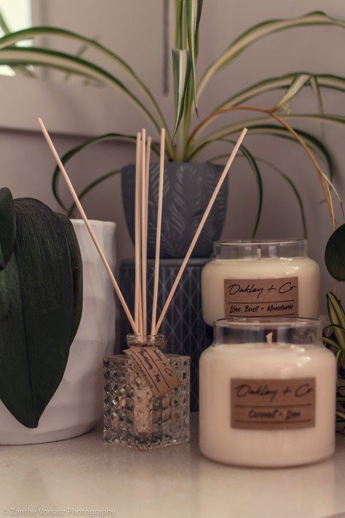 Oakley & Co - Candles & infusers
