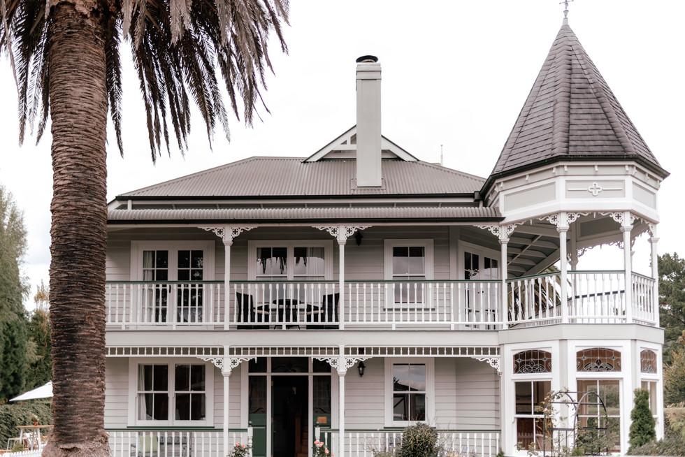 Charlemagne Lodge Wedding   Tauranga New Zealand - www.zanthevorsatzphotography.com