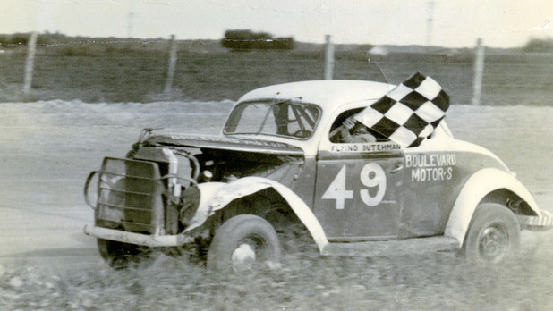 Delmarva Dirt: Past and Present Dirt Track Auto Racing