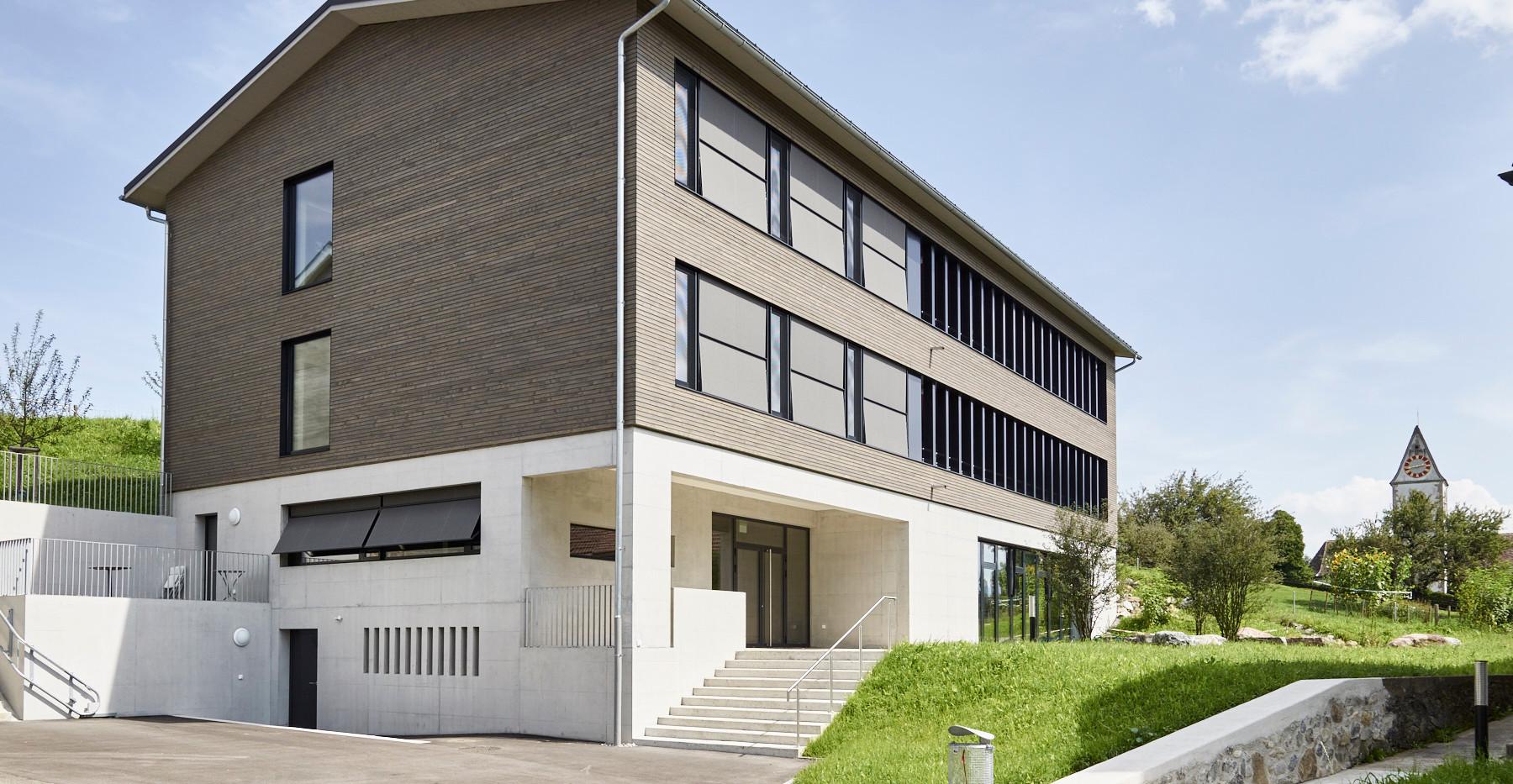 Schulhaus Rifferswil -1-