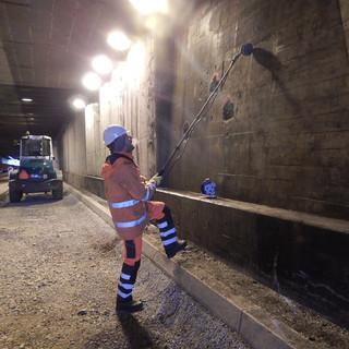 Potentialmessung im Tunnel
