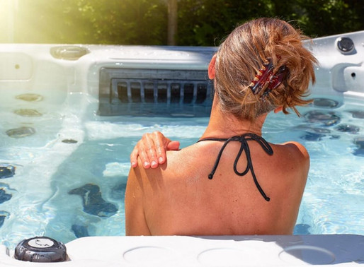 Can You Soak in a Hot Tub Before or After Exercise?