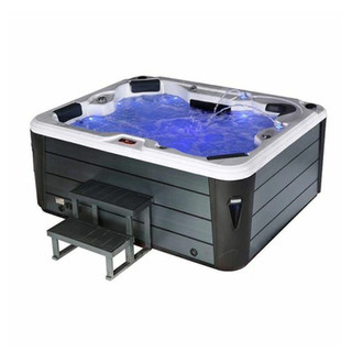 Jacuzzi Styled Hot Tub Hire from Hire Hot Tub UK
