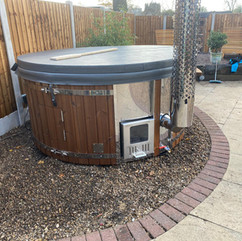 Wood burning hot tub by Penguin Spas Outdoor Living Glasgow with Jets 3.jpg