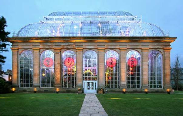 Just one mile from city centre, the Royal Botanic Garden Edinburgh offers visitors peace and tranquillity amongst 72 acres of stunning scenery. The Royal Botanic Garden Edinburgh is one of the finest botanic gardens in the world.