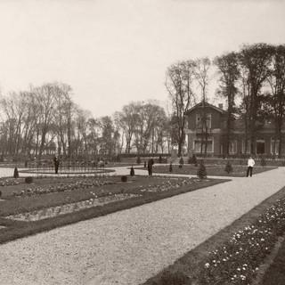 1920 Tolhuis tuin